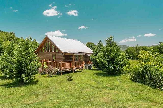 Black Bear Hollow Cabin Rentals