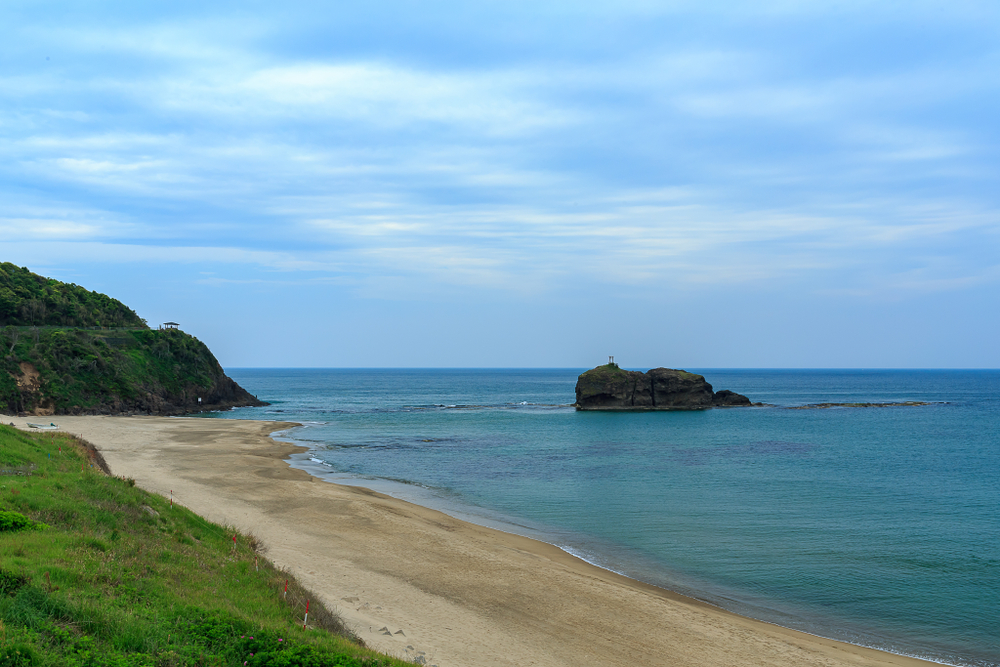 Hakuto Beach