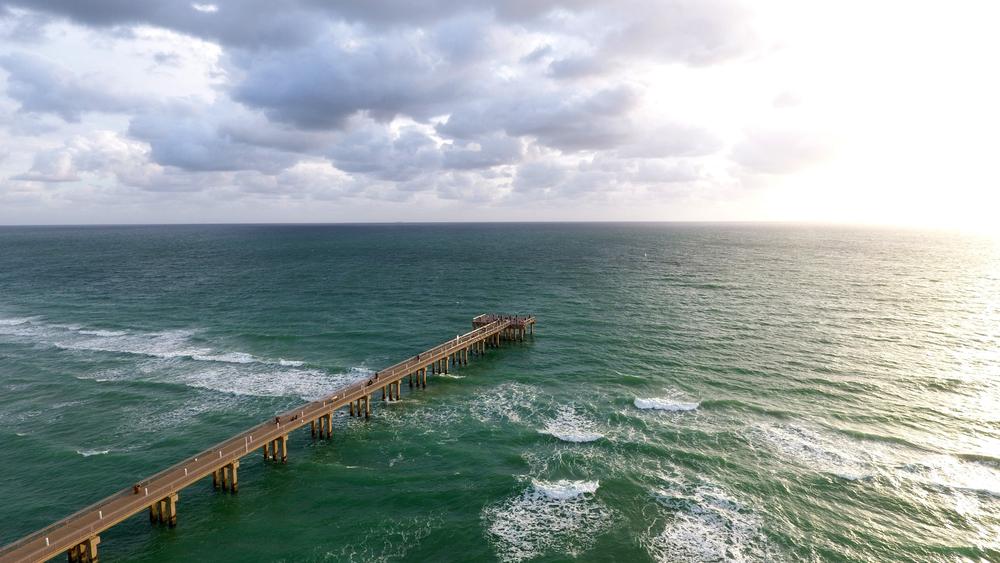 Newport Pier, FL