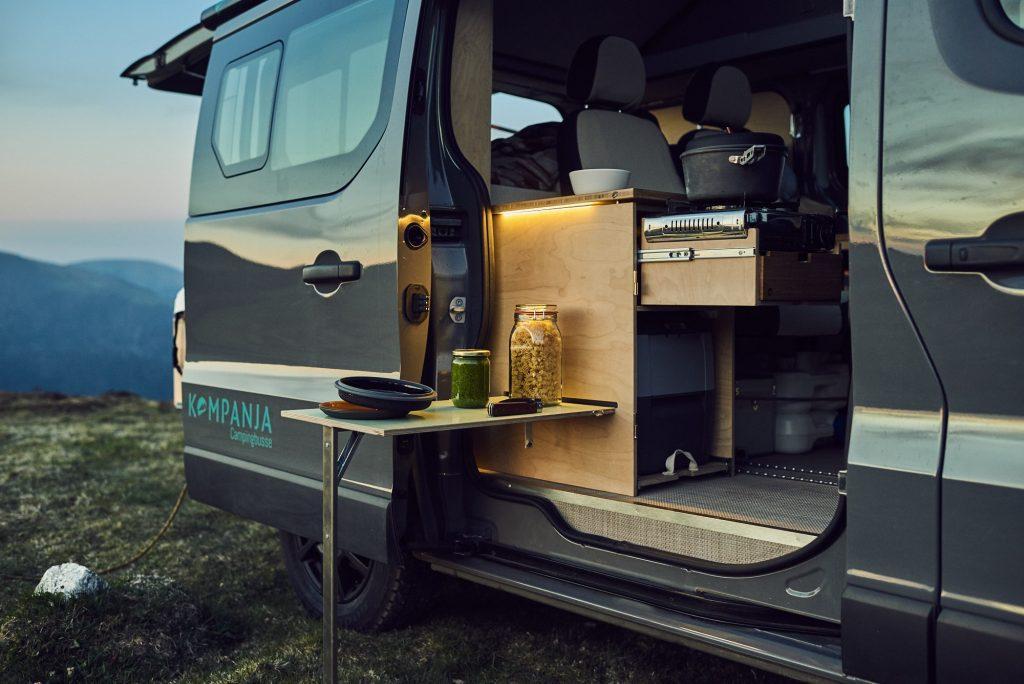 Kompanja Renault Trafic Camper